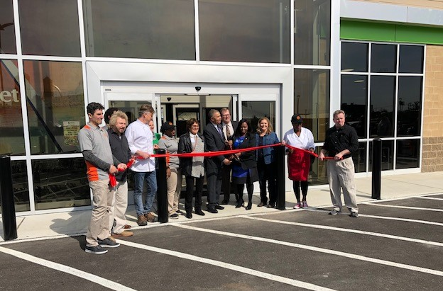 GreenLeaf Market Celebrates April 1 Ribbon Cutting and Soft Opening